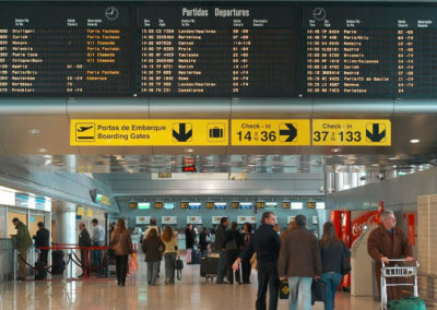 Implementación de sistemas especiales en tuua, control de salidas, migraciones, transferencias y llegadas internacionales en AIJC